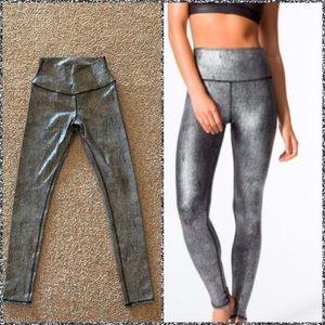 Alo metallic airbrush leggings high waist
